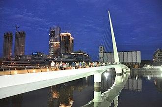 Puente de la Mujer - At dusk