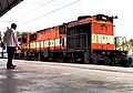 Pune based WDM 3D Loco with a passenger train at Safilguda.jpg