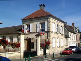 The town hall in Rantigny