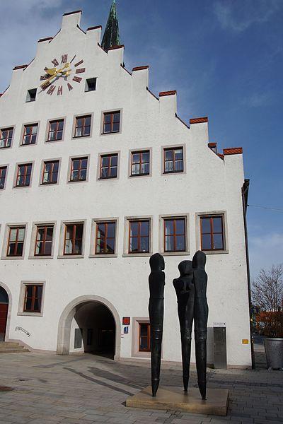 File:Rathaus Neumarkt in der Oberpfalz 008.JPG