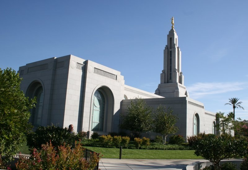 Redlands temple 1
