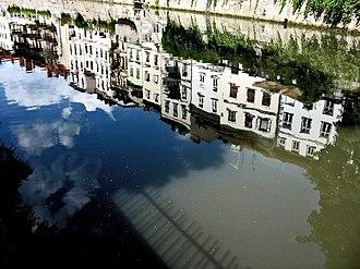 Ljubljanica - Image: Reflexion in river Ljubljanica