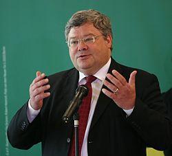 Reinhard Bütikofer - Die Grünen, Juni 2009-cropped.jpg