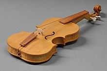Reconstruction of a violin after G. Ferrari