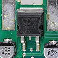 Renault 8200607915 - main controller - STMicroelectronics L7808AB2T-7380.jpg