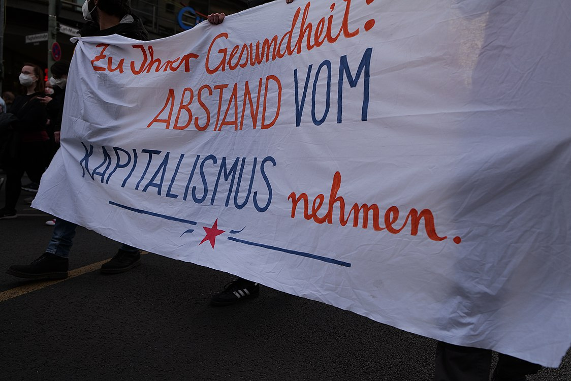 Revolutionary 1st may demonstration Berlin 2021 73.jpg
