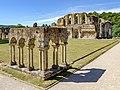 Rievaulx Abbey 20060728 012.jpg