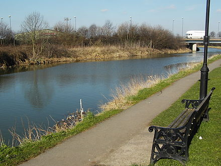 The River Ancholme at Brigg, looking towards the A18 bridge - River Ancholme