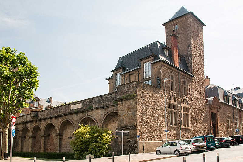 Епископский дворец в Родезе - Туристический маршрут по Родезу