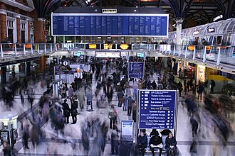 United Kingdom labour law - Image: Rush hour, Liverpool Street geograph.org.uk 479177