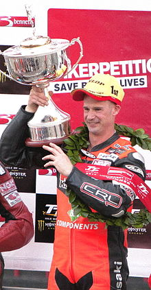 Ryan Farquhar with TT Trophy.JPG