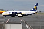Ryanair, EI-FIG, Boeing 737-8AS (26527112680).jpg