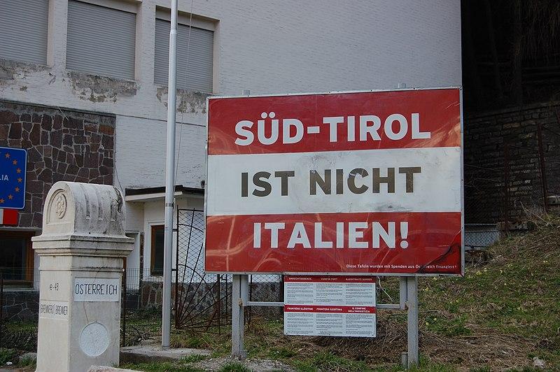 File:Südtirolistnichtitalien.JPG