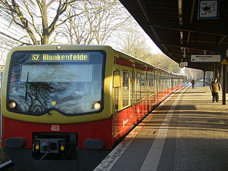Attilastraße station - Train of line S2 to Blankenfelde in Attilastraße station