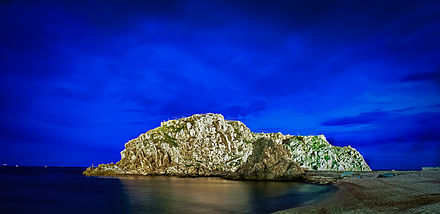 Sa Palomera Rock in Blanes at night