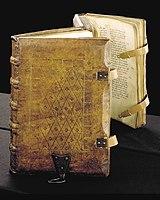 Lederschließen: Sachsenspiegel (Handschrift um 1385, Stadtbibliothek Duisburg)