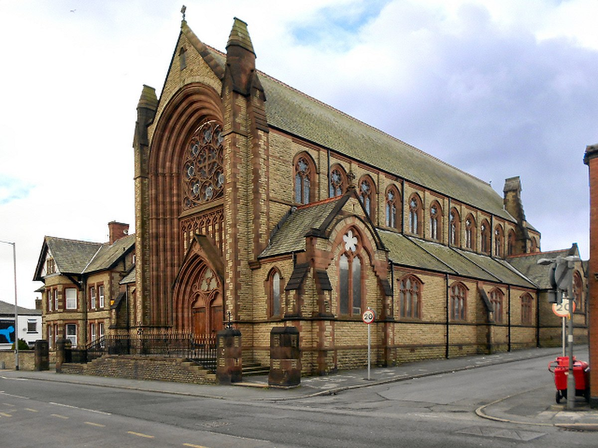 Sacred Heart Church, Chorley.jpg