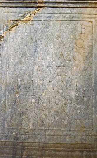 Saint-Girons, Ariège - Funerary cippus to a Pompeia