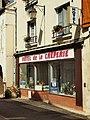 Saint Gaultier-FR-36-commerces-07.jpg