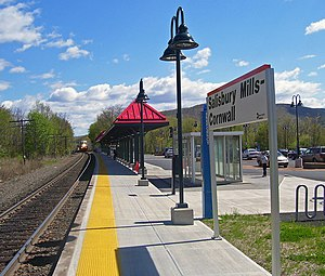 Salisbury Mills–Cornwall (Metro-North station) - Image: Salisbury Mills Cornwall Metro North station