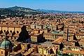 San Petronio dalla cima della Torre Asinelli.jpg