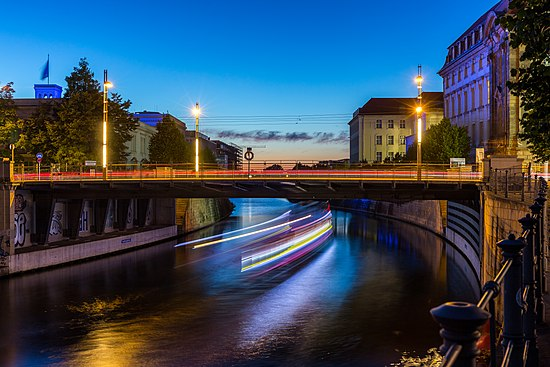 Sandkrugbrücke, Berlin-Mitte, 160824, ako.jpg