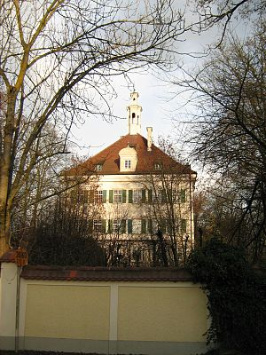 Affing House - Image: Schloss Affing West 1
