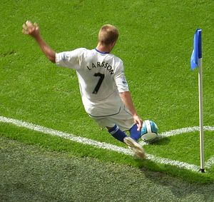 Seb Larsson - Larsson taking a corner for Birmingham City in 2007