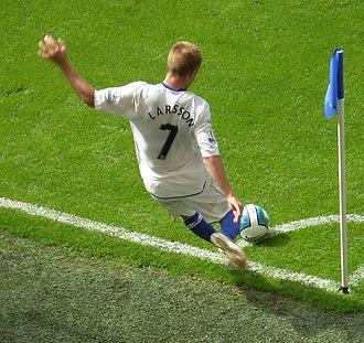 Seb Larsson - Larsson taking a corner for Birmingham City in 2007