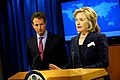 Secretary Clinton and Secretary Geithner Deliver an Announcement of an Executive Order on on Human Rights Designations (5038055326).jpg
