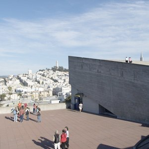 San Francisco Art Institute - The roof terrace of the San Francisco Art Institute offers a scenic view over the city.