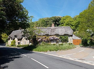 Shorwell - Thatched cottages in Shorwell