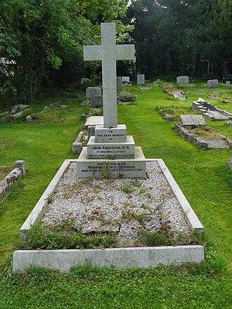John Anderson (merchant) - Anderson's grave, St Martin's Church, Ruislip