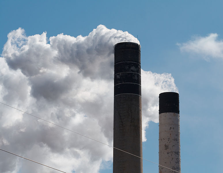File:Smokestacks 3958.jpg