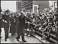 Staatsbezoek Franse president Coty aan Nederland. Derde Dag. Bezoek aan Rotterda, Bestanddeelnr 079-0504.jpg