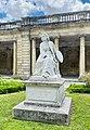 Statue de Rosa Bonheur, vue de droite.jpg
