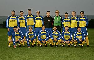 Stocksbridge Park Steels F.C. - Stocksbridge Park Steels 2006–07. Back row (left to right), Collins, Crossfield, Lovell, Ward, Poulter, Siddall, Vardy, Ring, Beggs. Front row (left to right), Kennedy, Broadbent, Richards, Ludlam, Walker, Powell.