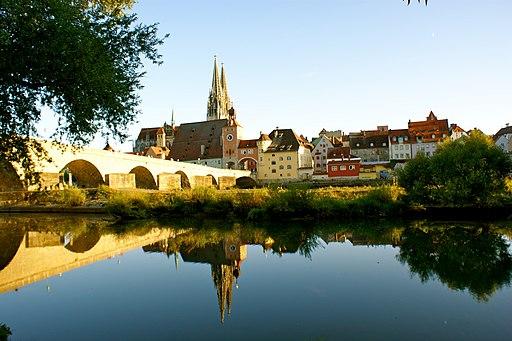 Steinerne Brücke Regensburg (UNESCO-Welterbe in Bayern)