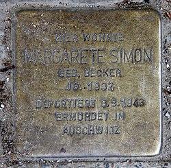 Photo of Margarete Simon brass plaque