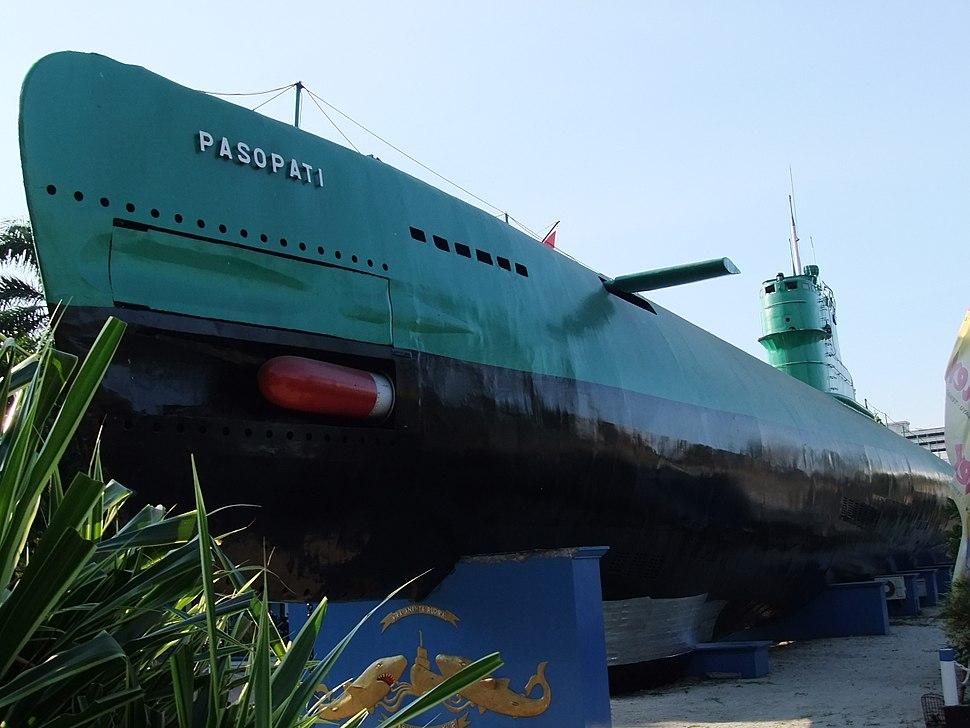Submarine Monument Surabaya 3