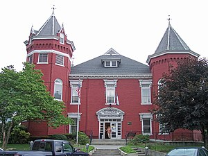 Hinton, West Virginia - The Summers County Courthouse in Hinton