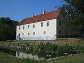 Fil:Swedish castle Tommarps kungsgård.JPG