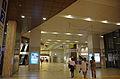 Syakujiikoen-sta concourse.jpg