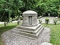 Szczecin Cmentarz Centralny nagrobek rodziny Fritz.jpg