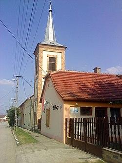 Szemely templom és hivatal.jpg