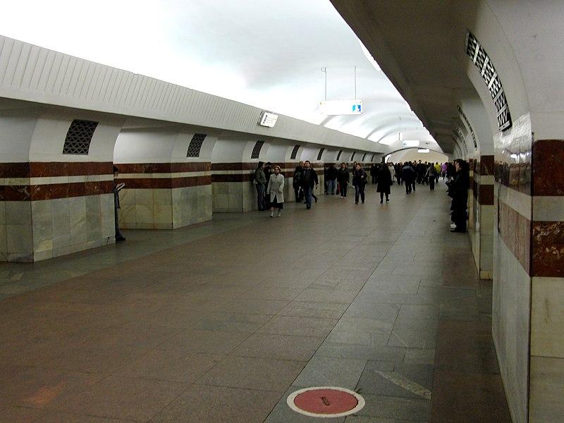 File:Taganskaya-radialnaya (Таганская-радиальная) (5224065167).jpg