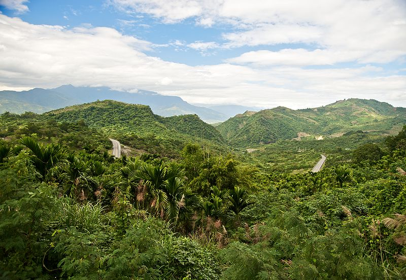File:Taiwan 2009 East Coast Mountain Range FRD 6296 Pano Extracted.jpg