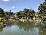 Takueichi Pond in Shukkei Garden 21.jpg