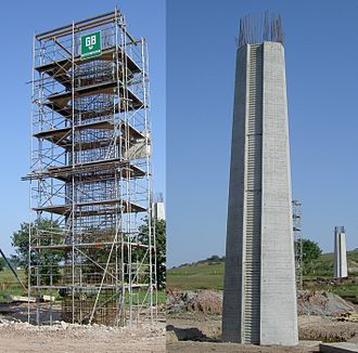 Reinforced concrete - A heavy reinforced concrete column, seen before and after the concrete has been cast in place around its rebar cage