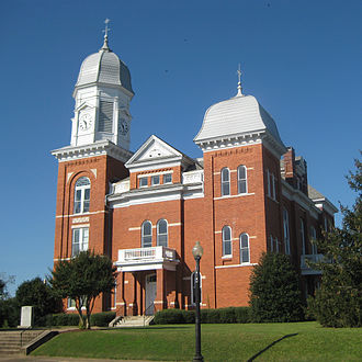 Taliaferro County, Georgia - Image: Taliaferro County Courthouse east facade